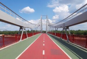 red-green-bridge